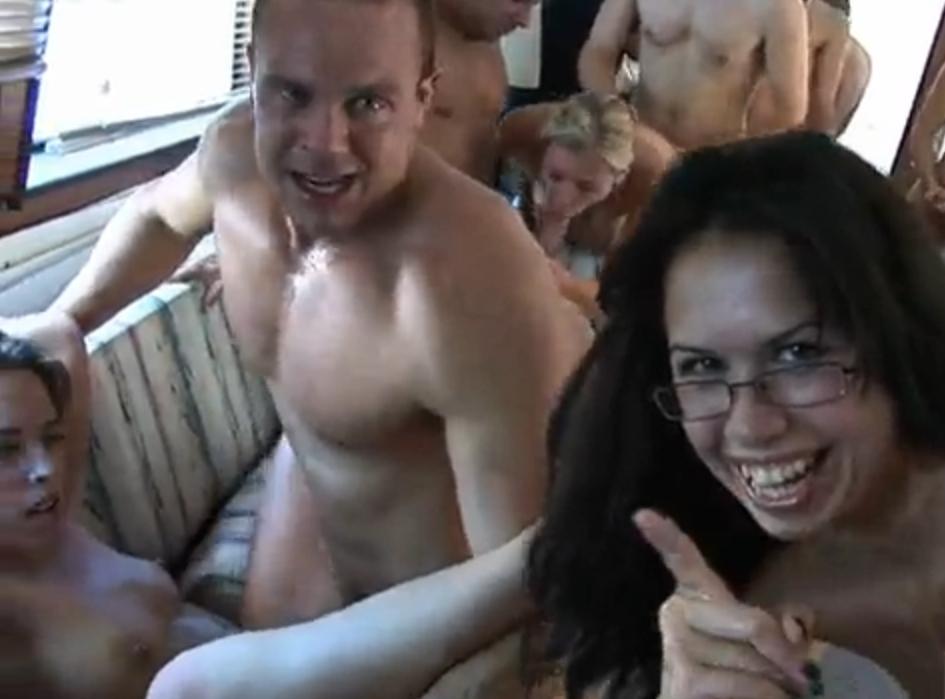 Свингеры супер порно онлайн 13 фотография