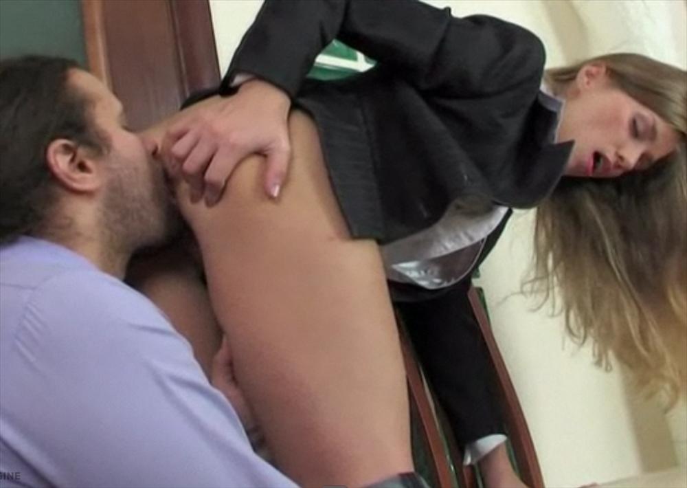 Порно видео секретарша на перекуре фото 414-135
