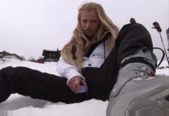 маструбация на снегу