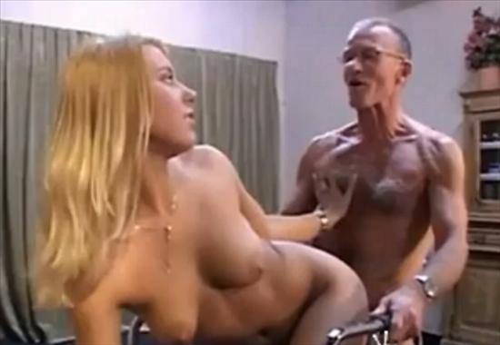Молоденькие со стариками порно