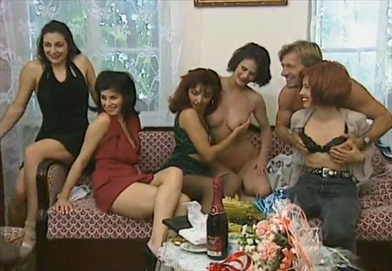 порно оргии на дне рождения фото