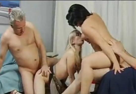 секс семейные на дне рождения