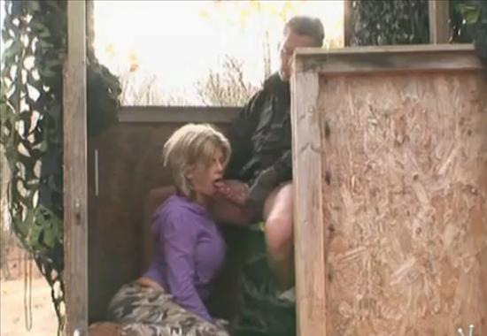 Секс с лесником