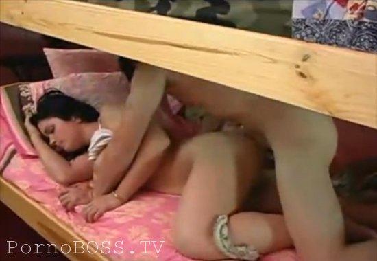 Русское порно сын спяшею сестру