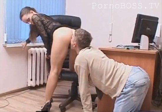 Дериктриса наказал сотрудника порно фото 567-874