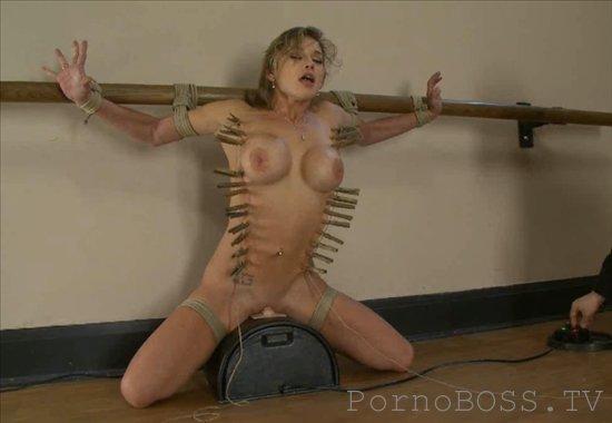 секс пытки в секс камерах