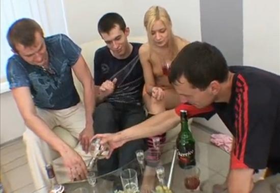русскую напоили и пустили по кругу