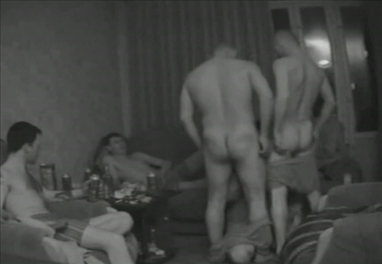 Секс любительский скрытой камерой гей парно
