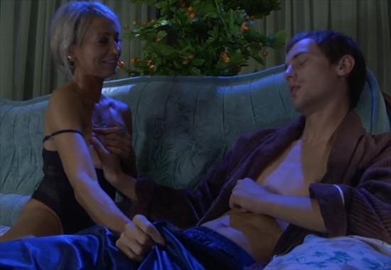Тётя совратила племянника на секс смотреть онлайн