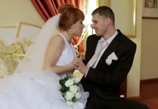 Секс мужа с женой теща присоединилась, трансвеститы ебут друг друга и дрочат