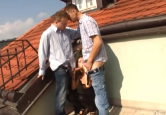 Геи ебутся на крыше