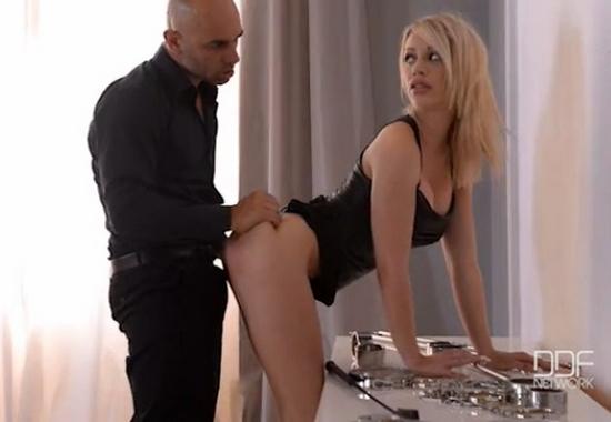 Обмен дочерьми Обучение сексу от папочки - лучший друг для ...