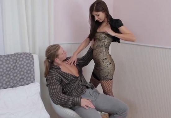 смотреть порно девушка трахнула парня