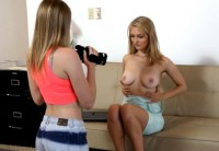 Молодая Блондинка На Кастинге Отрабатывает Статус Порнозвезды