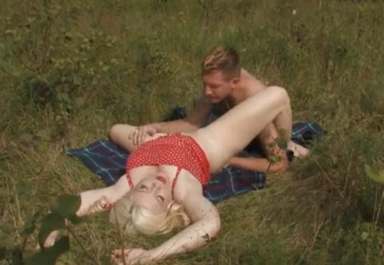 Фото сельский секс, сцены фильма