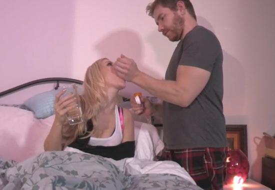 Мачеха со сломанной рукой нуждается в помощи взрослого пасынка