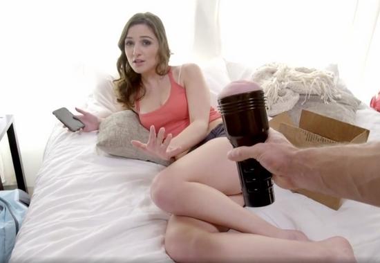 Порно видео помогла брату