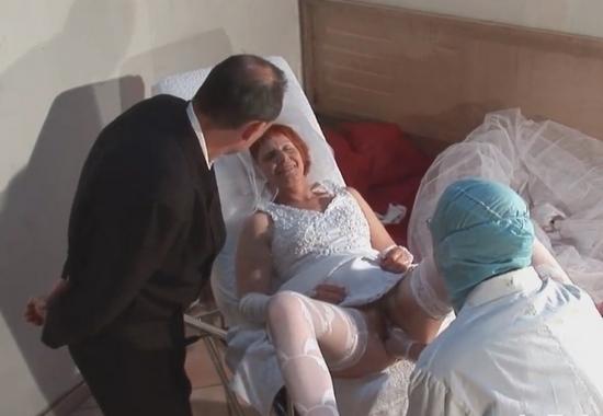 порно видео ебать невесту