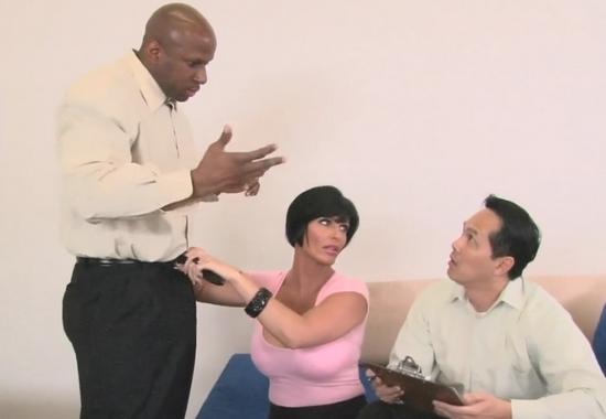 семейная пара на приеме у психолога порно