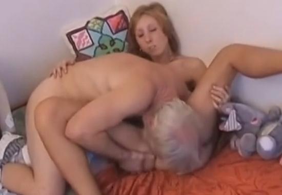 Страстное порно похотливый старичок смотреть онлайн, порна фота мужик