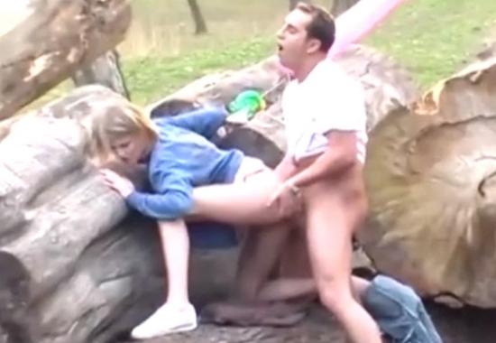Публичное Порно Молодой Пары Без Комплексов В Парке Аттракционов